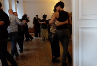 "Tango am Nachmittag: ""milonga queer"" am 16. Nov."