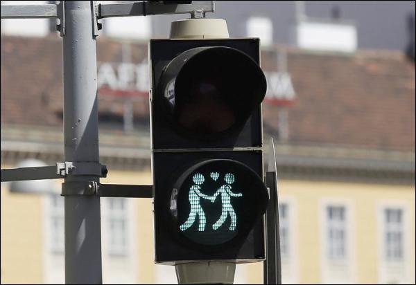Gleichgeschlechtliche Paare auf Wiener Ampeln