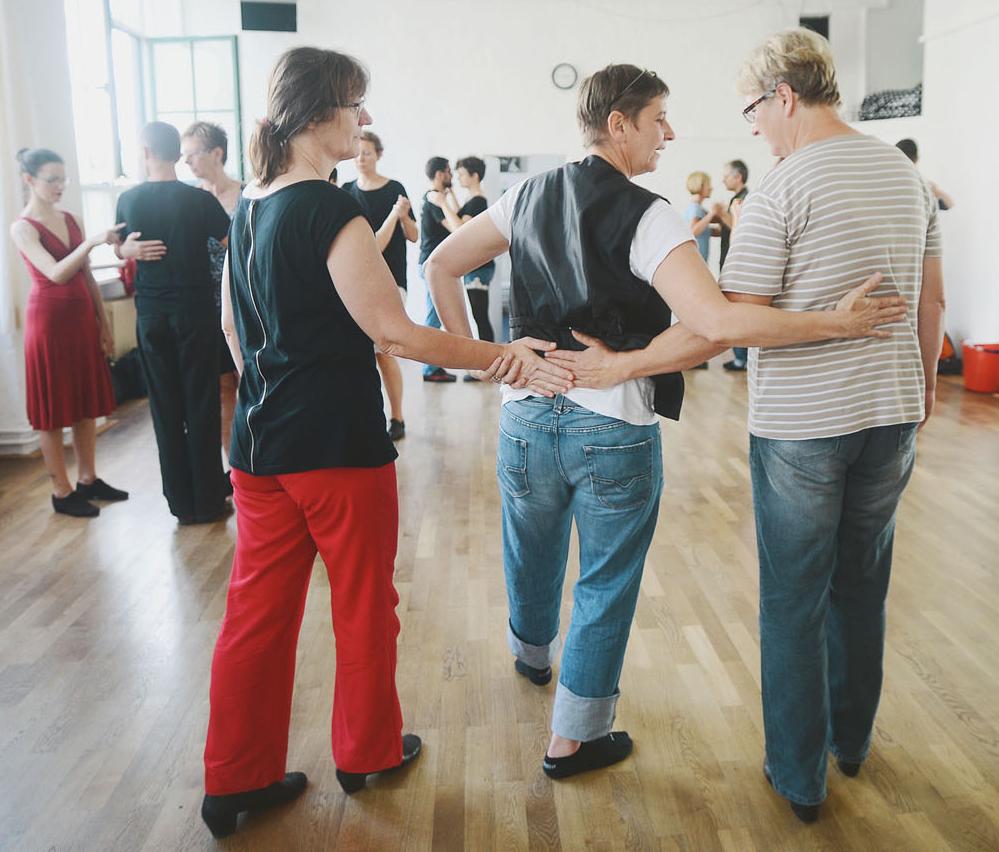 Jubiläums-Wochenende bei QueerTango Berlin mit Workshops & Milonga