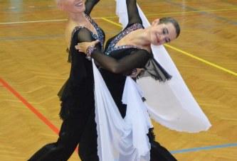 Tanzturniere 2016 für Frauen- und Männer-Paare