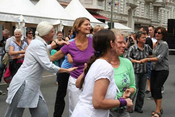 Gleich-Tanzen auf dem Stadfest am 15./16. Juli